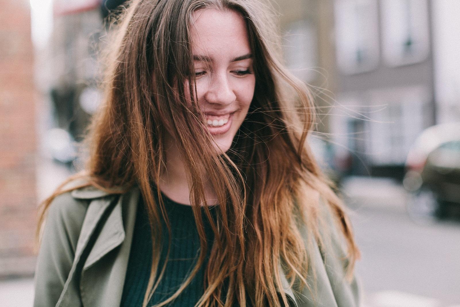 Unge kvinde til pubertetsundersøgelsen